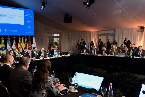 Cúpula do Mercosul começa na Argentina