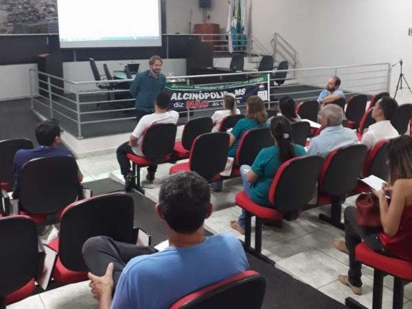 Sebrae auxilia prefeitura a reduzir prazos em processos licitatórios