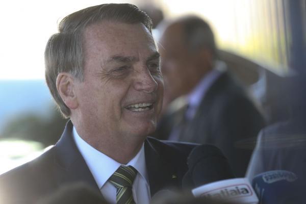 Bolsonaro avalia indicações para PGR