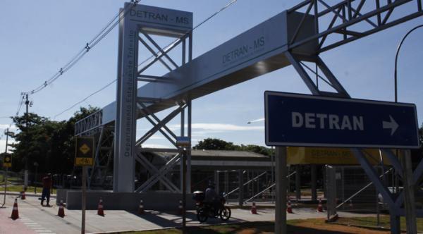Detran-MS negocia dívida e pede rescisão de contrato com empresa de radares no Estado