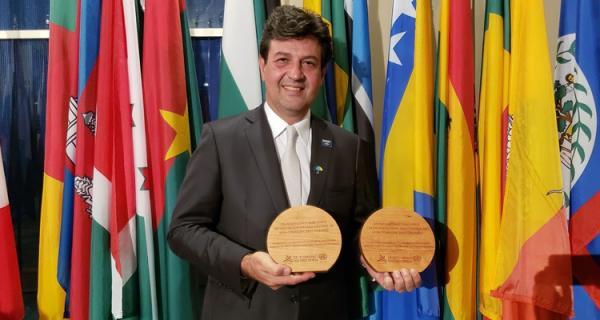 ONU premia Brasil por controle ao tabaco e por ações no trânsito