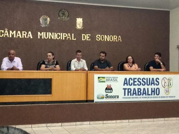 Assistência Social fez a entrega de certificados a 62 formandos do Curso ACESSUAS