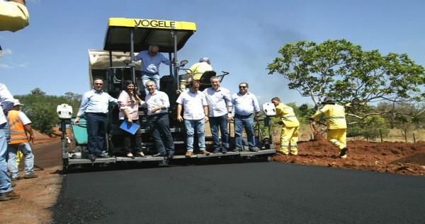 Casas, saneamento e rodovia estão entre os presentes para Figueirão