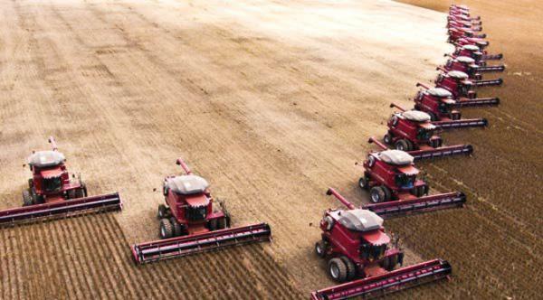 Êxodo de camponeses e revolução tecnológica marcam história do agronegócio