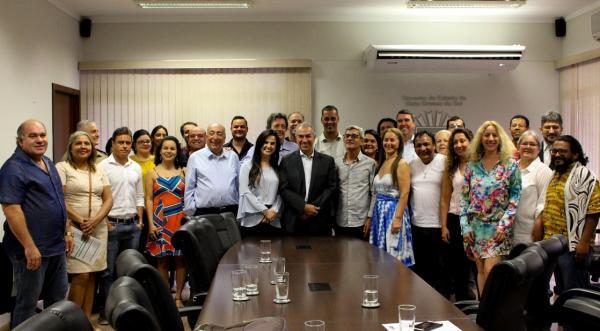 Governador empossa Conselho Estadual de Cultura destacando valorização