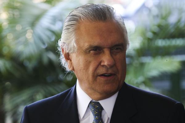 'É mentira', diz Caiado sobre fusão entre DEM e PSL