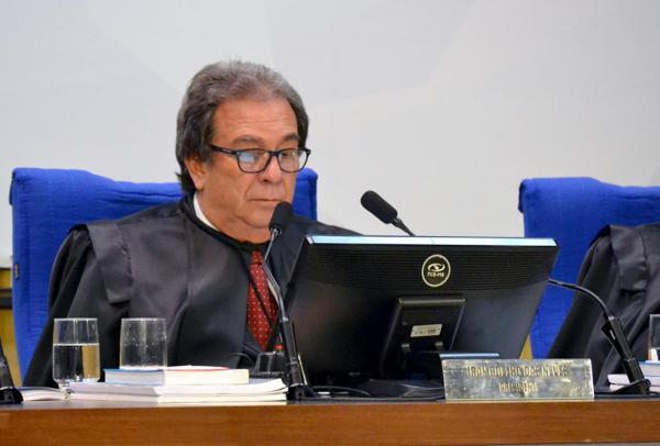 Conselheiros do TCE-MS determinam devolução de R$ 66 mil para municípios