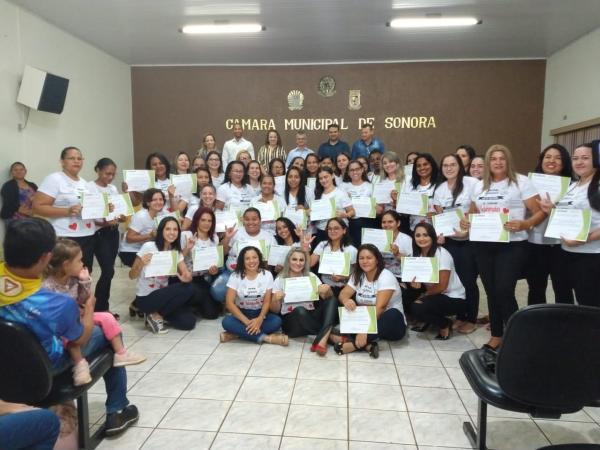 Prefeitura de Sonora formou 47 no curso de interprete de Libras