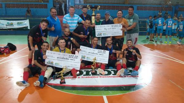 Equipe Pé-Vermeio do MT é a campeã da Copa Sonora de Futsal e leva R$ 10 mil de prêmio