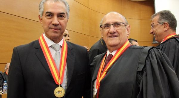 Governador é homenageado em solenidade dos 40 anos do Poder Judiciário
