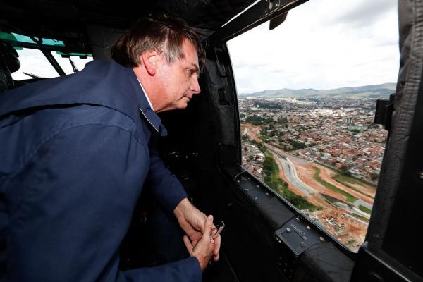 Bolsonaro anuncia R$ 892 milhões para cidades atingidas por chuvas