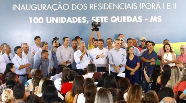 Governo entrega casas e anuncia novos investimentos em Sete Quedas