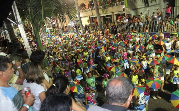 Hoje tem bloco na rua em Corumbá, abrindo o desfile na Passarela do Samba