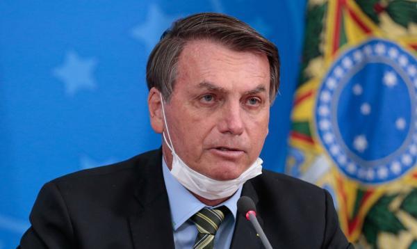 Fronteiras com países vizinhos terão restrições, diz Bolsonaro