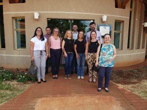 Lacen, Embrapa, UFMS e Fiocruz estabelecem parcerias na realização de exames