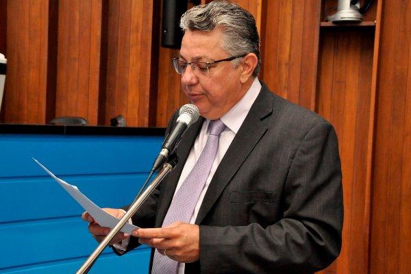 Evander propõe auxílio do Governo do Estado a profissionais de saúde que combatem Covid-19