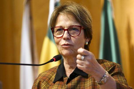 Tereza Cristina: 'Trabalhamos para não sofrer com desabastecimento'