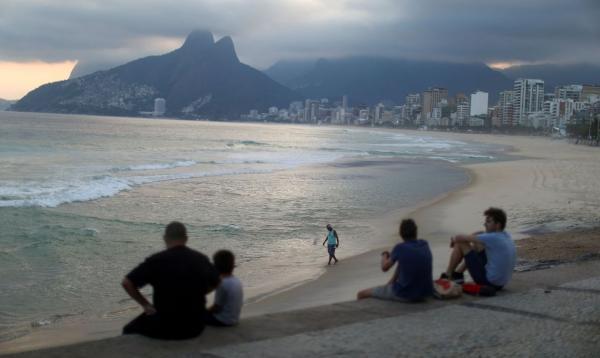 Rio reabre shoppings, bares, igrejas, estádios e pontos turísticos