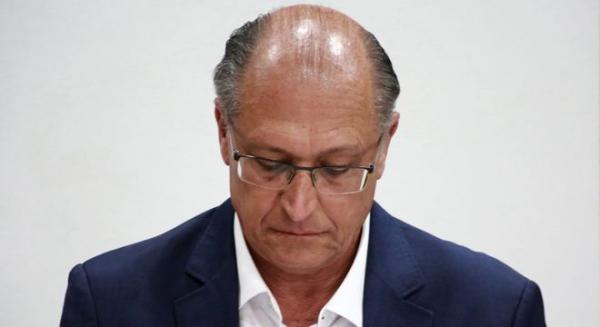 Justiça decreta sequestro de bens e imóveis de Geraldo Alckmin