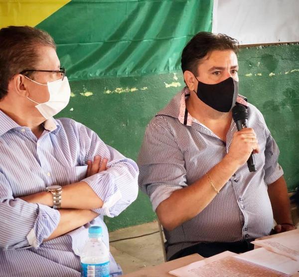 PTB adere à campanha de Zé de Oliveira e Réus Fornari