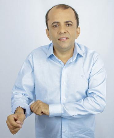Em convenção Democratas fecha com Zé de Oliveira