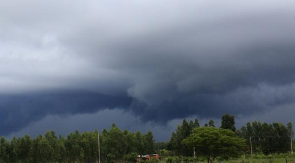 Domingo com previsão de pancadas de chuva no MS
