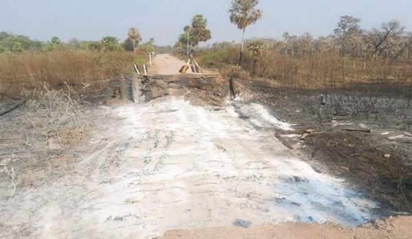 Queimadas no Pantanal destroem oito pontes de madeira; na MS-243 e MS-195