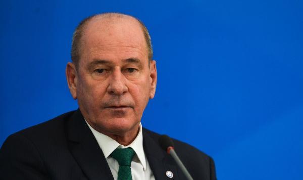 Ministro defende modernização de equipamentos das Forças Armadas