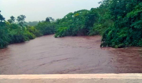 Rio Miranda em Bonito atinge nível de emergência e deixa Defesa Civil em alerta