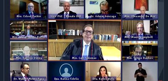 TSE julga improcedentes ações contra Bolsonaro por suposto disparo nas Eleições de 2018