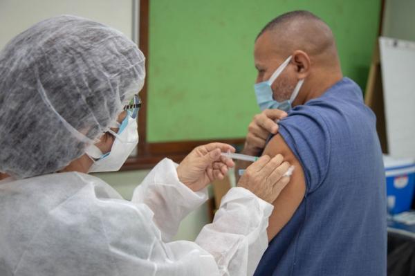 Saúde, com apoio do Exército, realizará projeto piloto de vacinação no Amazonas