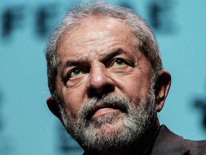 Lava Jato denuncia Lula por corrupção e lavagem de dinheiro
