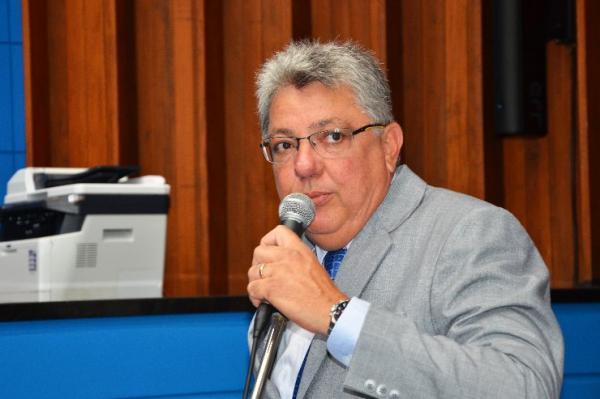 Evander Vendramini critica serviço de telefonia na região de Corumbá