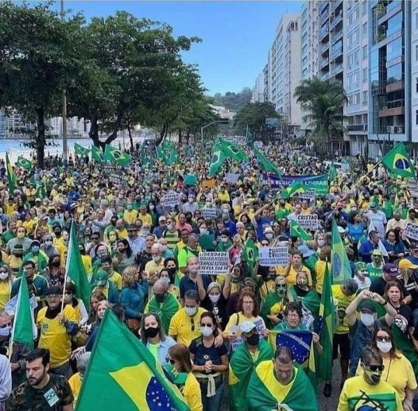 Manifestações pelo voto auditável reuniu milhares de pessoas