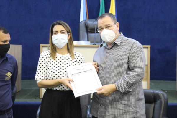 Soraya intercede junto à União para resolver problema em Ribas do Rio Pardo