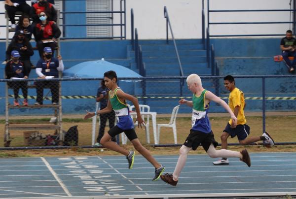 Provas de atletismo agitaram Paralimpíadas Escolares de MS no Parque Ayrton Senna