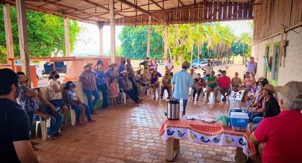 Secretaria de Desenvolvimento Econômico realizou reunião no assentamento JR