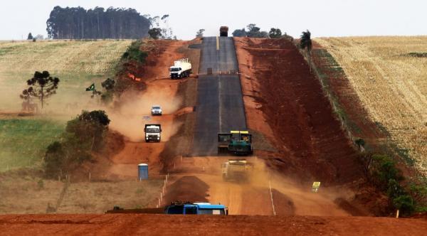 Governo do Estado acelera pavimentação de 113 km de rodovias-tronco da Rota Bioceânica