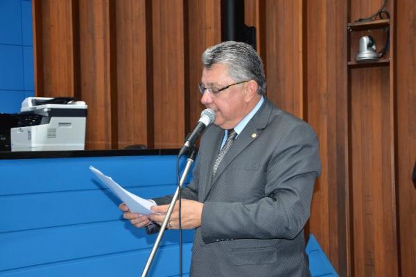 Evander solicita realização de prova para condução de embarcações em distritos de Corumbá