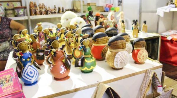 FCMS e artesãos do Estado participam do 14º Salão do Artesanato em Brasília