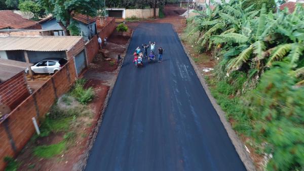 Governo do Estado executa 20 novas frentes de asfalto no município