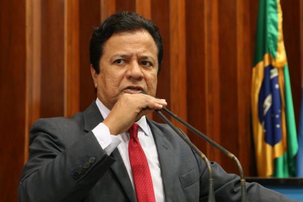 Amarildo cobra abertura de licitação na linha Capital/Corumbá
