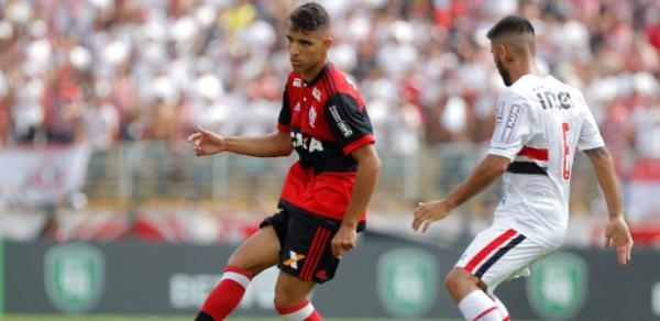 Flamengo bate SP e leva a Copinha