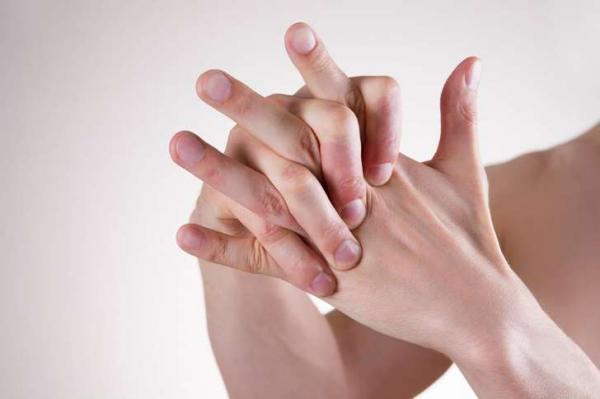 Por que, afinal, estalar os dedos faz barulho?