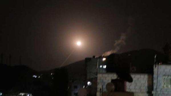 Contra ameaça química, Trump dobra número de mísseis disparados na Síria