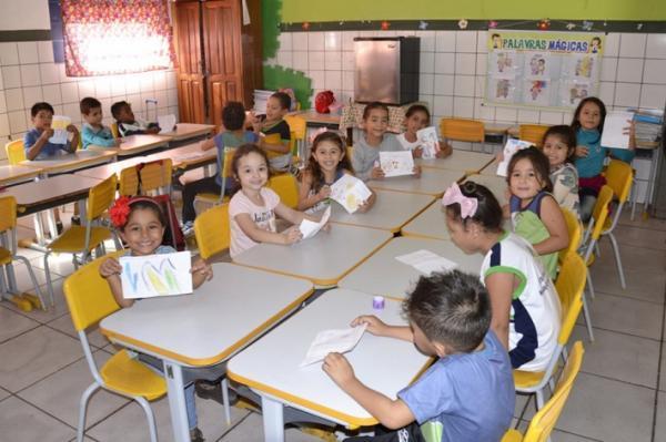 Prefeitura trabalha para garantir nível de excelência em escolas da REME
