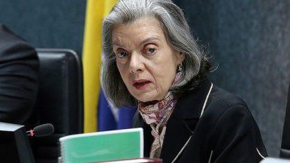 'Sem imprensa livre, Justiça e Estado não funcionam bem', diz Cármen Lúcia