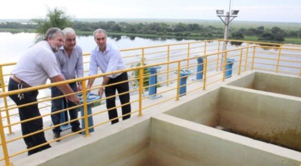 Em Ladário governador entrega e assina R$ 8 milhões em obras