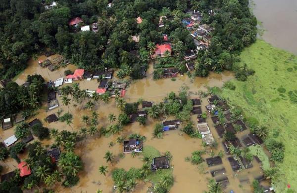 Número de mortos por enchente na Índia chega a quase 400