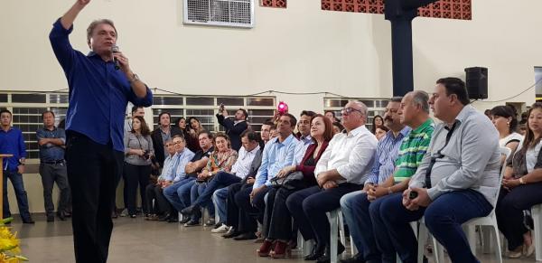 Alvaro Dias elogia interior do país, ao justificar agenda em Costa Rica